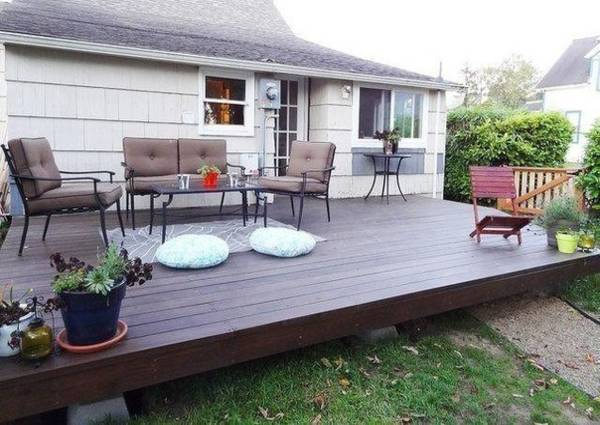 Build a deck in the yard