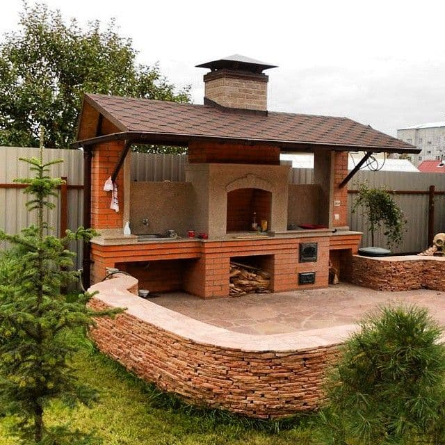image-building-a-patio-with-a-hot-tube