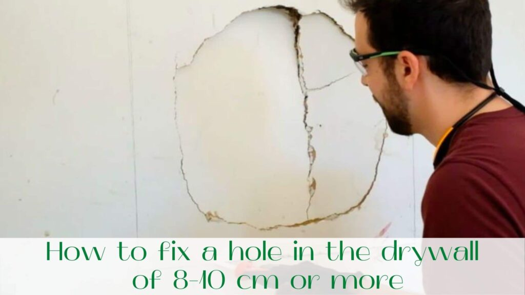 image-How-to-fix-a-hole-in-the-drywall-in-Ontario-and-Toronto