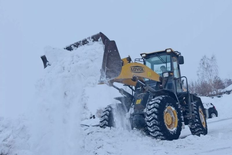 Commercial Snow Removal in Ontario